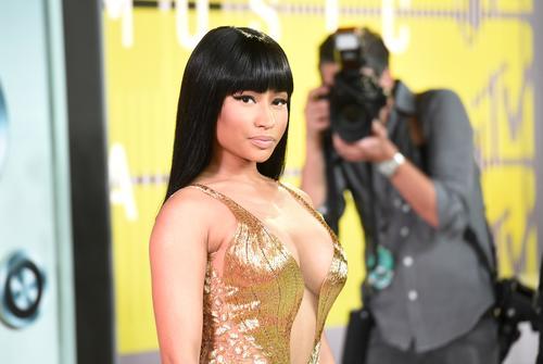 Nicki Minaj accidentally flashes crowd at Made In America